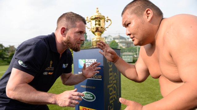 Shane Williams vs Sumo wrestler