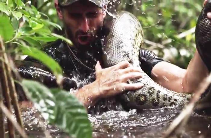 Eaten Alive anaconda