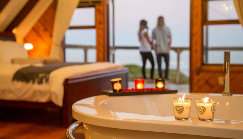 Surf Lodge SA Honeymoon suite