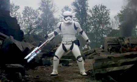 Tr-8R The Force Awakens