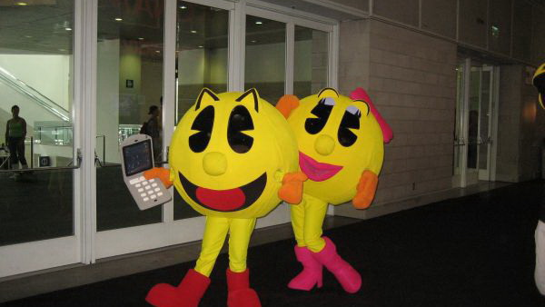 Mr-Pac-Man-Mrs-Pac-Man