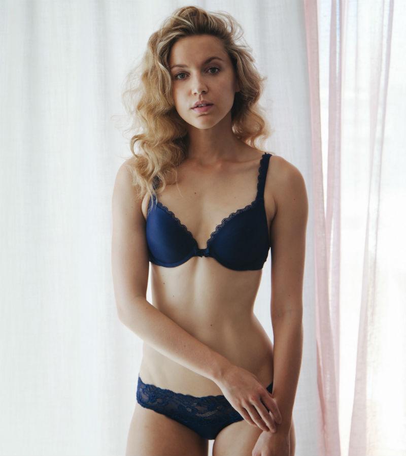 Roxane Hayward 4
