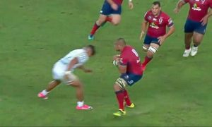 Chiefs Centre tackle