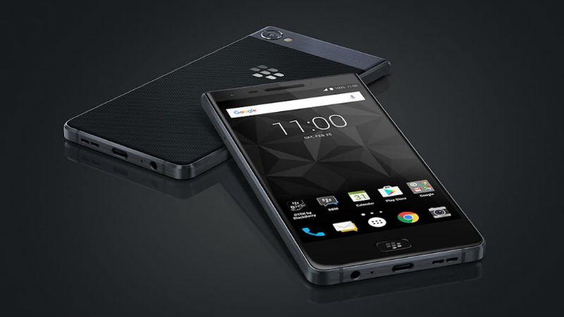 Blackberry Motion header