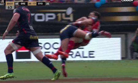 Nigel Hunt tackle